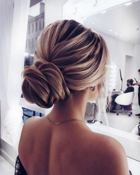 Long Hair Hairstyles For New Year 2023